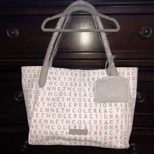 Kenneth Cole Reaction Timeless tote white w/ grey